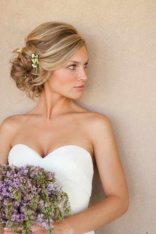 Different Glamorous updos which are perfect for wedding