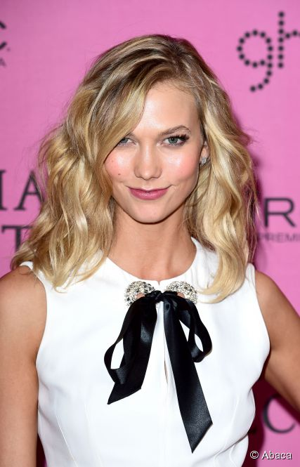 3 Amzaing Karlie Kloss Medium Hairstyles1