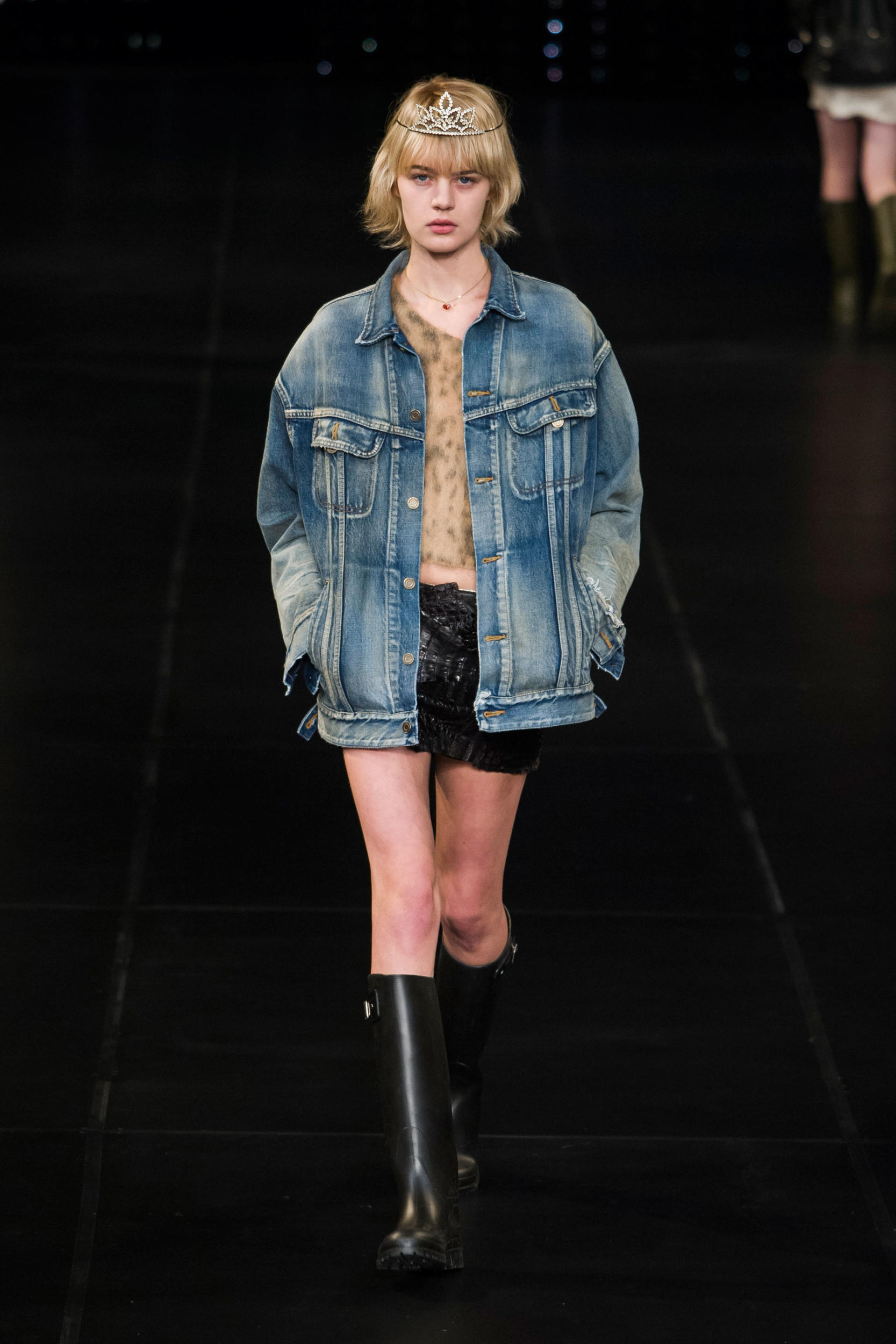 Saint Laurent's Grungy Spring 2016 Collection 8